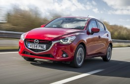 Mazda2, front action 2