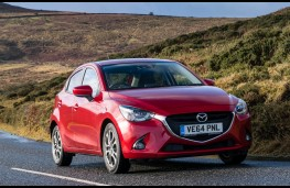Mazda2, front action