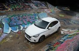 Mazda2 Sport Black, front static