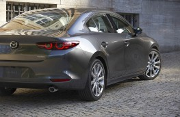 Mazda3 saloon 2019 rear threequarters