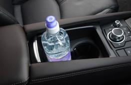 Mazda3, console