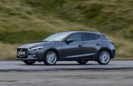 Mazda3, side action 1