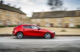 Mazda3, side action