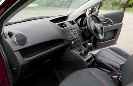 Mazda5, interior