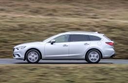 Mazda6 Tourer, side action