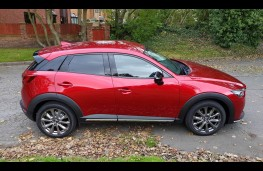 Mazda CX-3 2.0 Sport Black +, side