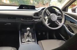 Mazda CX-30 2.0 Sport Lux, dash