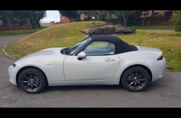Mazda MX-5 1.5 Sport Nav+ Convertible, side