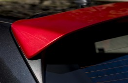 Mazda2 Red Edition, spoiler