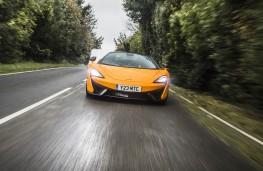 McLaren 570S Spider, full front action