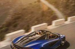 McLaren 570S Spider rear overhead action