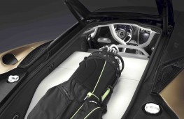 McLaren GT rear luggage area