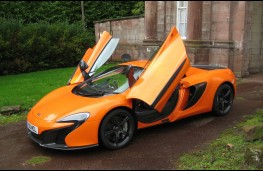 McLaren 650S Spider, doors open