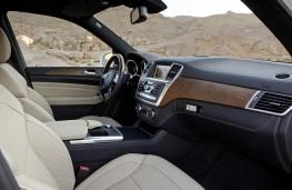 Mercedes M-Class, interior