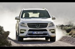 Mercedes M-Class, testing in Namibia