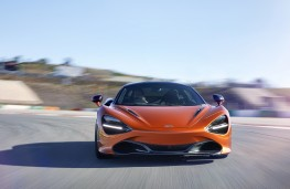 McLaren 720S, 2017, nose