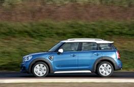 MINI Countryman, 2017, side