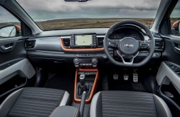 Kia Stonic 1.6 CRDi 'First Edition', dashboard