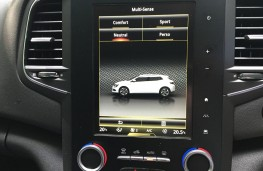 Renault Megane, 2016, screen, green