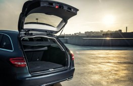 Mercedes C Class Estate, boot
