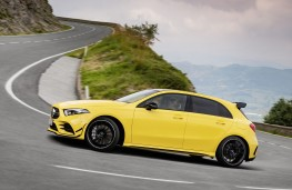 Mercedes - AMG A35 4Matic side action