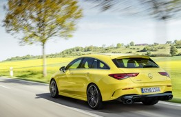 Mercedes-AMG CLA 35 4MATIC Shooting Brake rear action