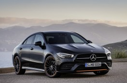 Mercedes-Benz CLA 2019 front threequarters static