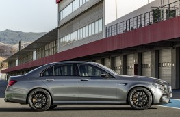 Mercedes-Benz AMG E63 4MATIC+ side
