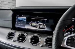 Mercedes-Benz E 300 de, dashboard