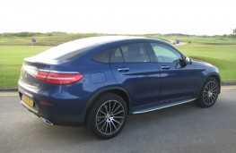 Mercedes-Benz GLC 250 d 4MATIC AMG Line, side