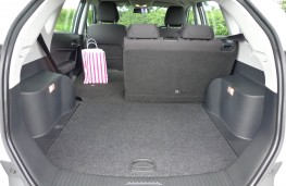 MG GS, boot (2)