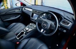 MG5 EV, 2020, interior