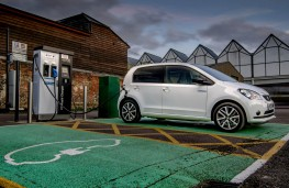 SEAT Mii Electric, 2021, charging
