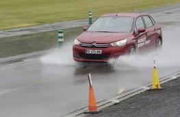 Michelin tyre testing, wet stop, Citroen C4, budget tyres, front