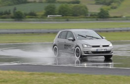Michelin tyre testing, skid pan, VW Golf, front