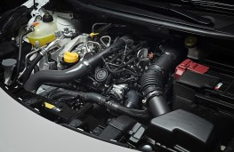 Nissan Micra, N-Sport, 2019, engine