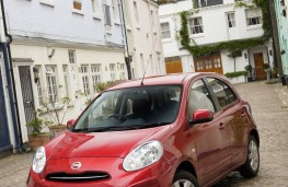 Nissan Micra DIG-S, front, upright