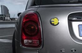MINI Cooper S E Countryman ALL4, badge