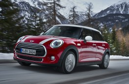 MINI with Steptronic transmission, 2017, front