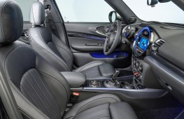 MINI Clubman S 2019 front seats
