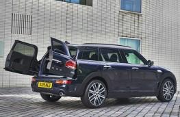 MINI Clubman S 2019 rear doors open