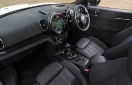 MINI Countryman, front seats