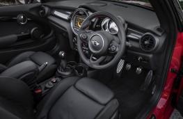 Mini Cooper S Convertible, interior