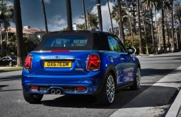 MINI convertible, rear