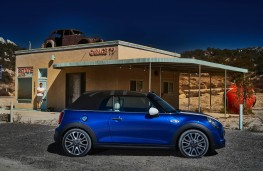MINI convertible, side