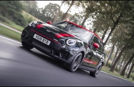 MINI Clubman John Cooper Works, action