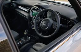 MINI Electric Cooper S, 2020, interior