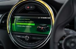 MINI Electric Cooper S, 2020, display screen
