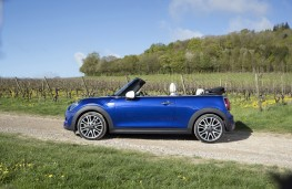 MINI Convertible 25th Anniversary Edition, 2018, side