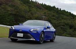 Toyota Mirai, 2020, front